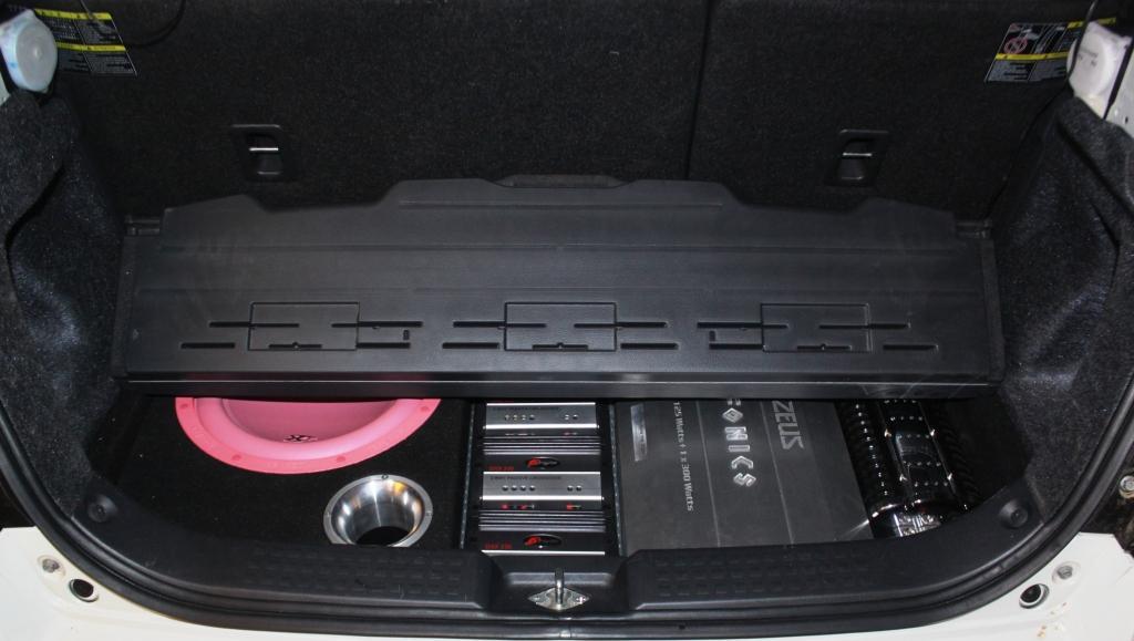 Der Kofferraum Kann Man Weiter Benutzen